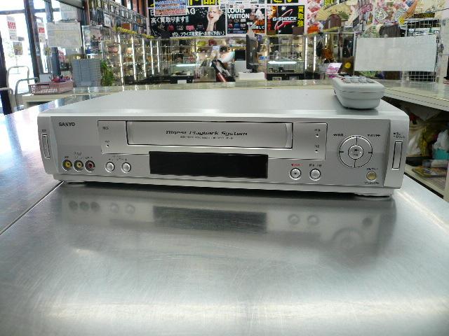 ビデオデッキ を売るなら 総合リサイクルショップフライズ佐賀店 佐賀市 買取り情報