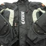 ライダースジャケット を売るなら 総合 リサイクルショップ フライズ佐賀店 佐賀市 買い取り