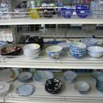 食器 を売るなら 総合リサイクルショップ フライズ佐賀店